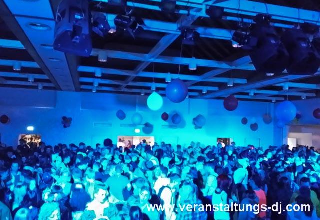 Karnevals-Party-im-Bürgerhaus-in-Lohmar-Birk-2014-mit-DJ-Sascha-Gansen