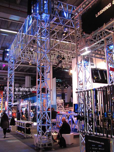 Messe-Event-DJ-b2b-Messestandparty-Technik